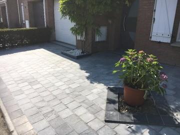 Réalisation de terrasses et allées en pierre bleue à Lille