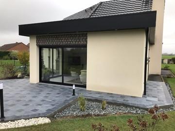 Réalisation de terrasse en pierre bleue à Aire-sur-la-Lys